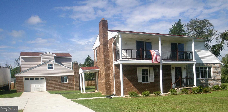 Photo of home for sale at 12812 Canova Drive, Manassas VA
