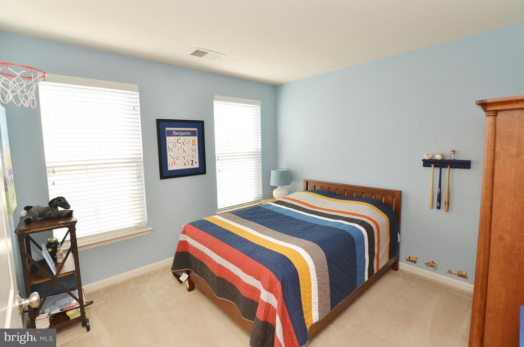 Bedroom 4 - 23382 HIGBEE LN, ASHBURN