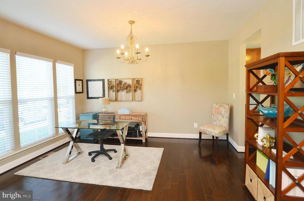 Formal Dining Room - 23382 HIGBEE LN, ASHBURN