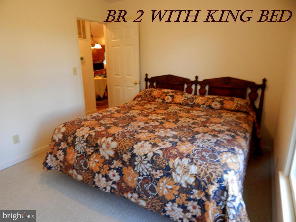 2nd king size BR upstairs. - 11604 BRIAN DR, FREDERICKSBURG