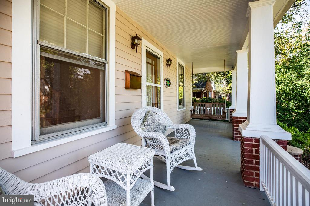 Inviting Front Porch - 1314 LITTLEPAGE ST, FREDERICKSBURG