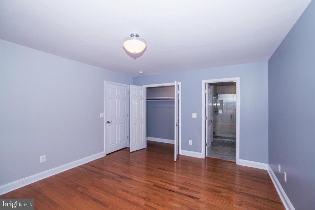 Bedroom (Master) - 6325 ROPE SWING CT, SPOTSYLVANIA