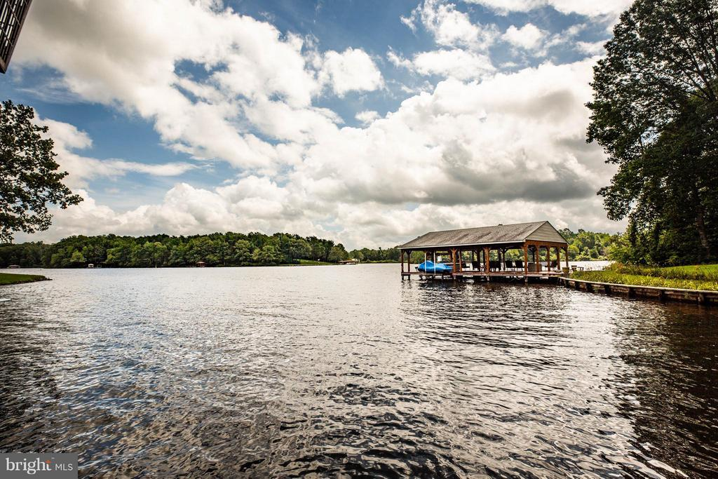 Private Deep Water Cove - 3725 BREAKNOCK RD, BUMPASS