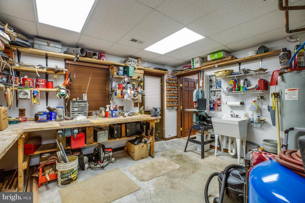 Basement Work Area - 3725 BREAKNOCK RD, BUMPASS
