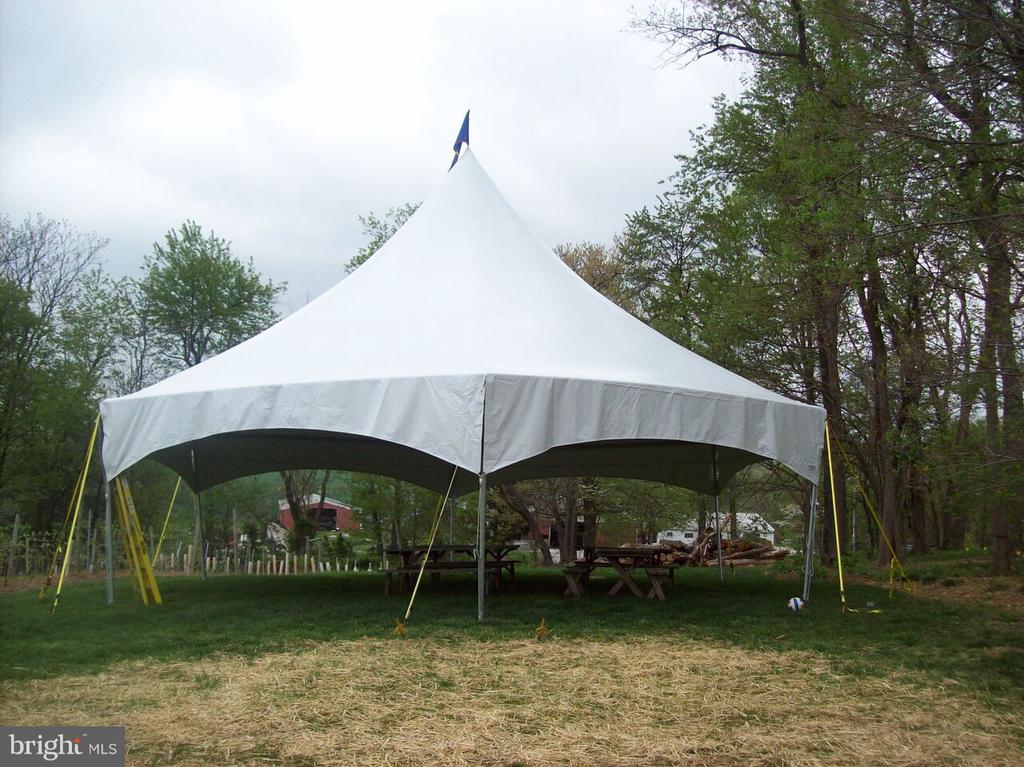 Tent - 15113 LIBERTY RD, MOUNT AIRY