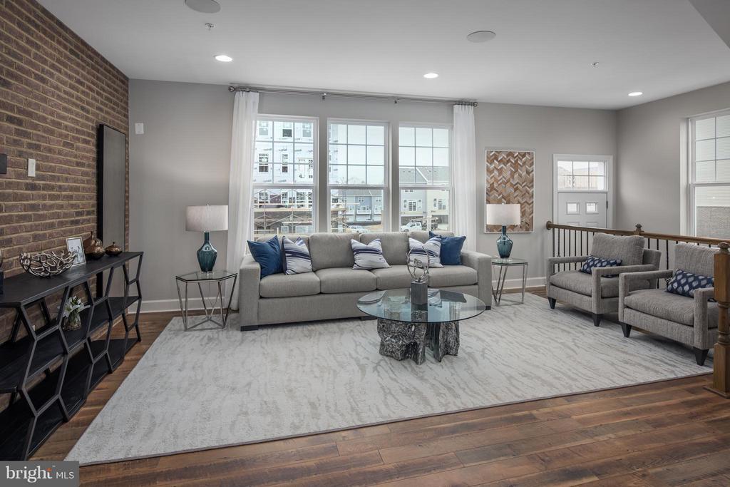 Living Room - 0 STODDERT LN, LANDOVER