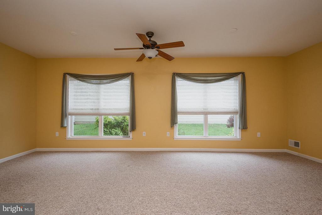 Living Room - 6 BLUEFIELD LN, FREDERICKSBURG