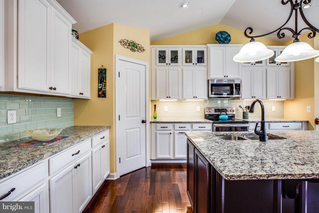 Kitchen - 963 WHITE OAK RD, FREDERICKSBURG