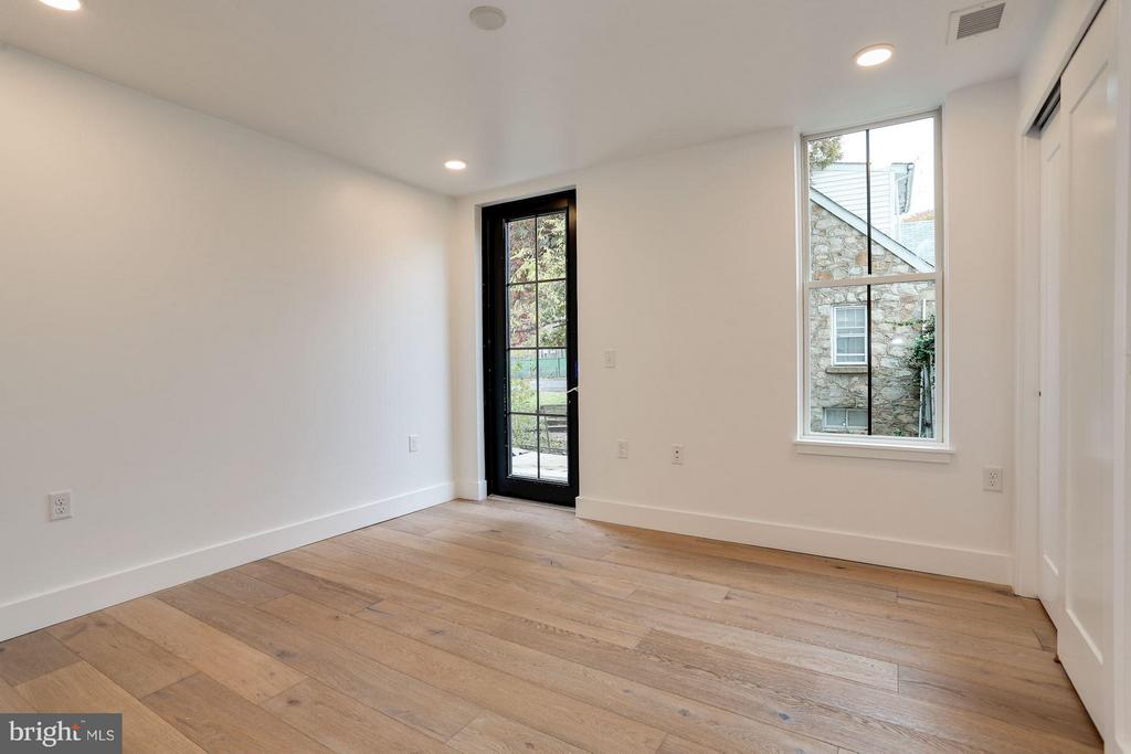 PHOTO FROM #3- private outdoor space for each unit - 1245 PIERCE ST N #8, ARLINGTON