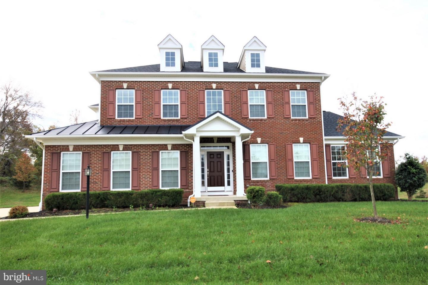 Single Family for Sale at 13201 Whitaker Park Dr Brandywine, Maryland 20613 United States