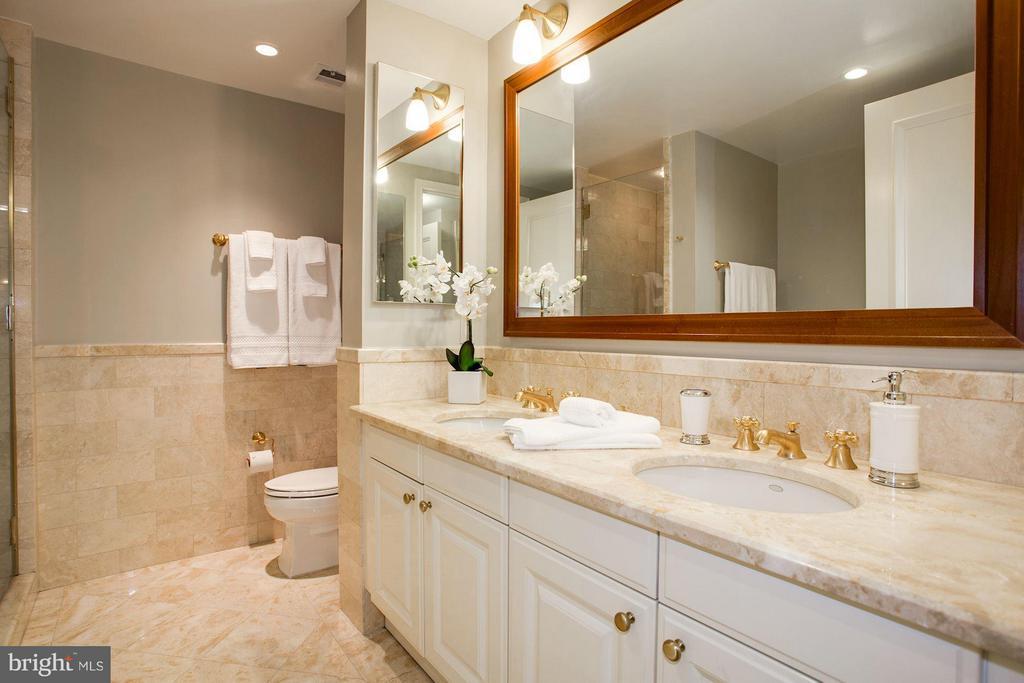 Master Bath - 1111 23RD ST NW #2B, WASHINGTON