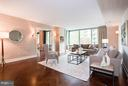 Spacious living room perfect for hosting guests - 1111 23RD ST NW #2B, WASHINGTON