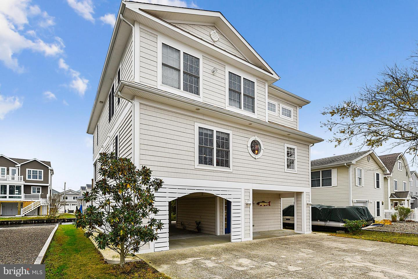 Single Family Homes for Sale at 140 HENLOPEN Drive South Bethany, Delaware 19930 United States