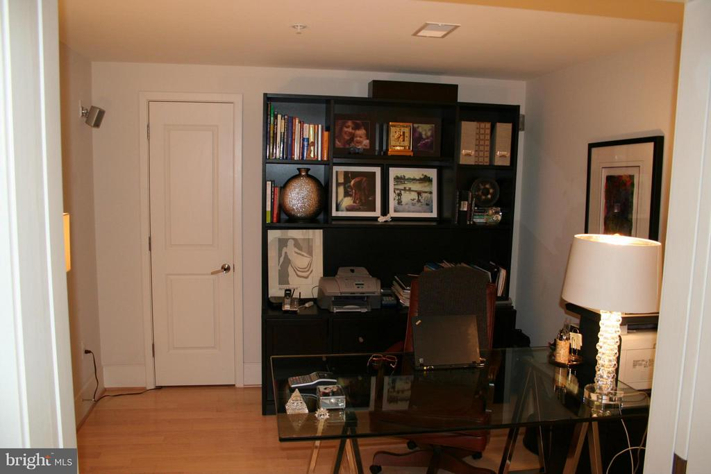 Family Room - 4301 MILITARY RD NW #PH4, WASHINGTON