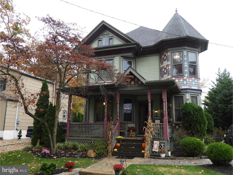 Nhà ở một gia đình vì Bán tại 131 GRANDVIEW Avenue Pitman, New Jersey 08071 Hoa Kỳ