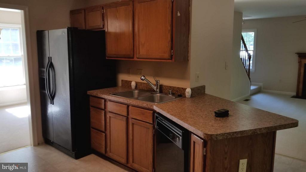 Kitchen - 10712 BIG OAKS CT, SPOTSYLVANIA