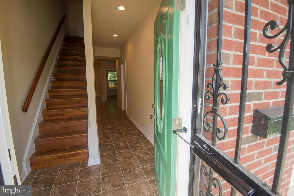 First Floor and Entrance - 5124 C ST SE, WASHINGTON