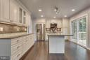 Kitchen - 9503 YAWL CT, BURKE