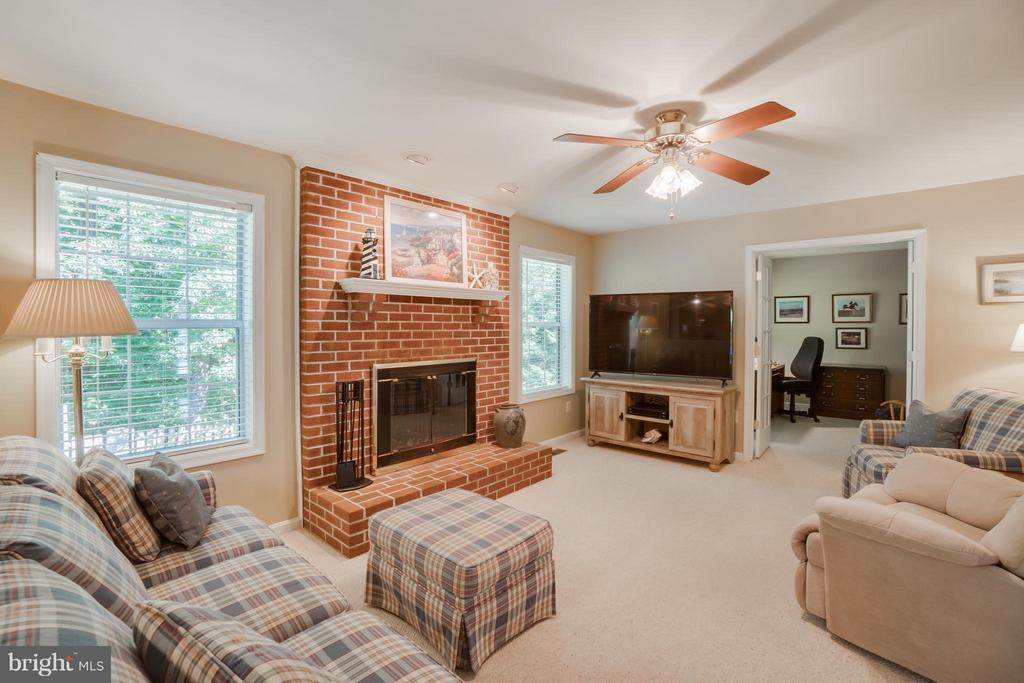 Family Room with wooded view - 53 DOROTHY LN, STAFFORD