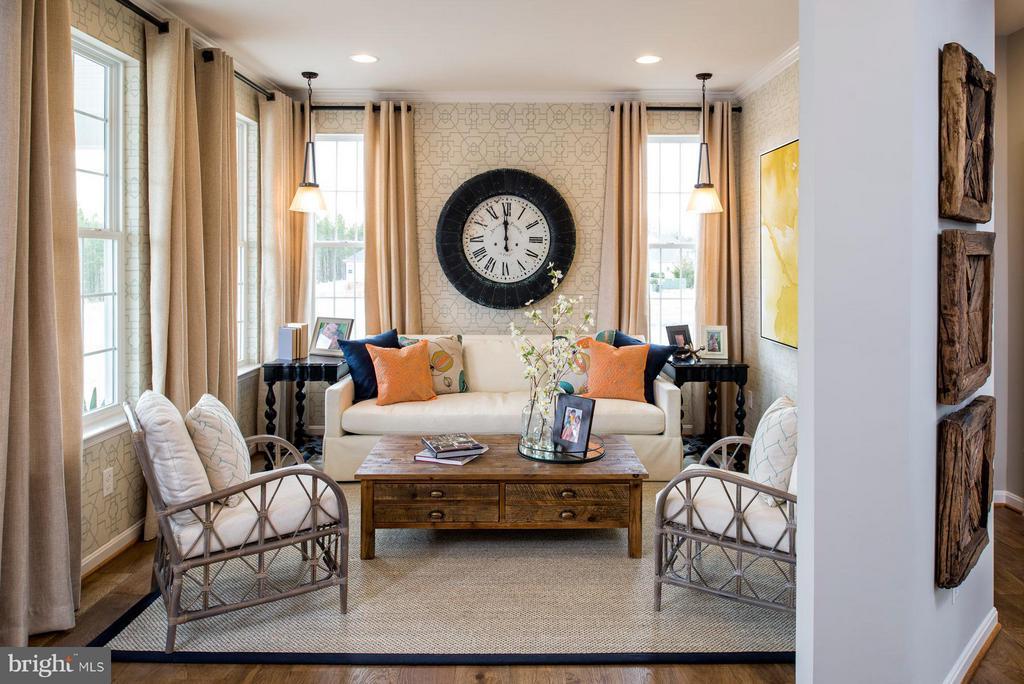 SAMPLE PHOTO - Living Room - 04 SHANDOR RD, WOODBRIDGE