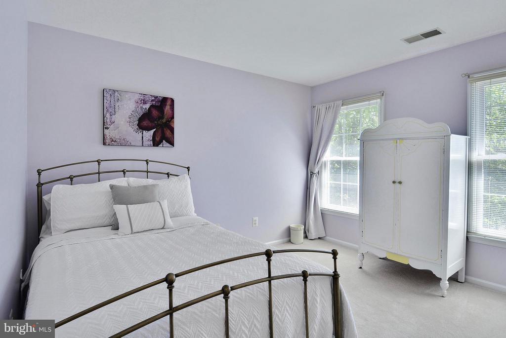 Bedroom 4 - 10106 DECKHAND DR, BURKE