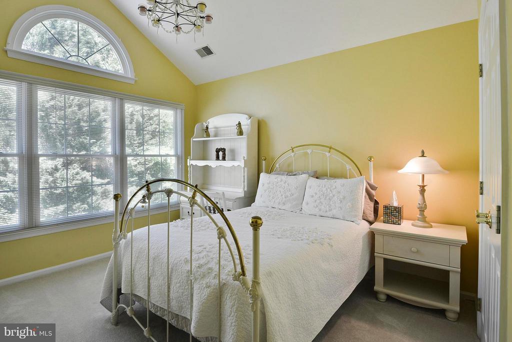 Bedroom 2 - 10106 DECKHAND DR, BURKE