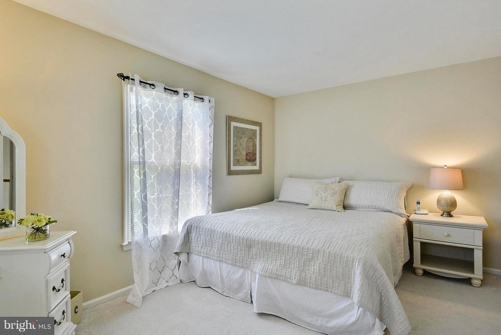 Bedroom 3 - 10106 DECKHAND DR, BURKE