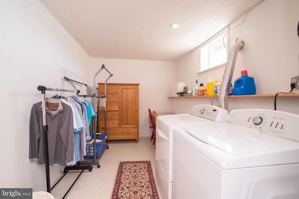 Laundry Room - 192 CHESTNUT LN, BERRYVILLE