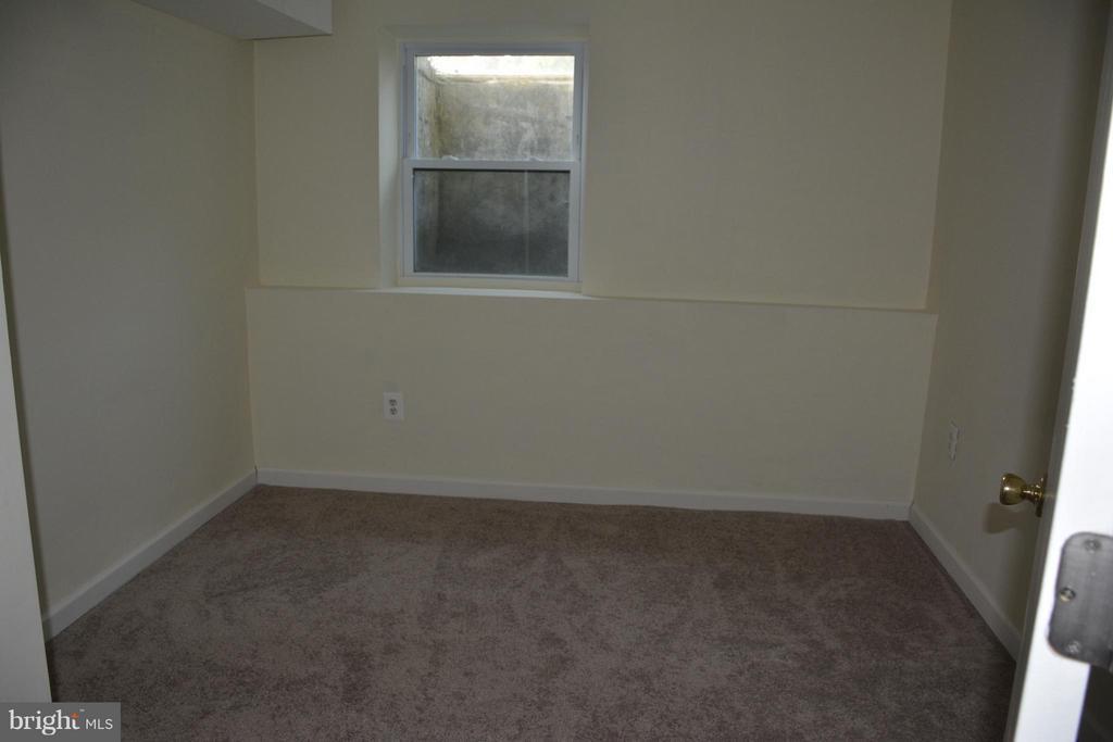 5th Bedroom in Basement - 7307 BONNIEMILL LN, SPRINGFIELD