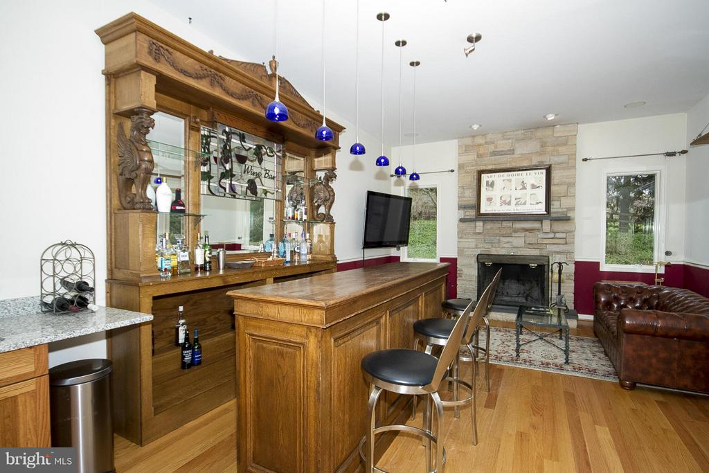Bar room - 1023 WAGNER RD, TOWSON