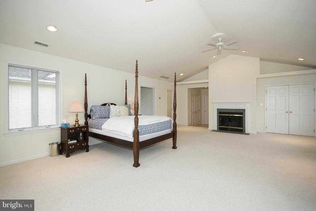 Master bedroom - 1023 WAGNER RD, TOWSON