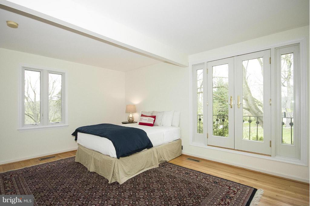 Second master suite - 1023 WAGNER RD, TOWSON