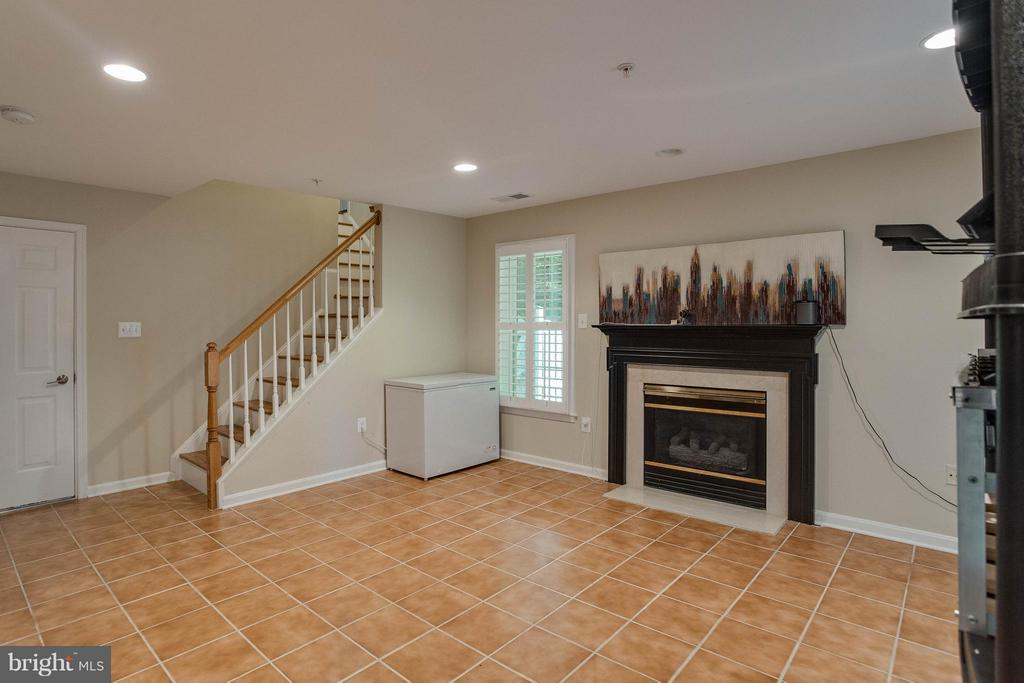 Rec Room with Gas Fireplace and Recessed Lights - 3001 FALLSWOOD GLEN CT, FALLS CHURCH