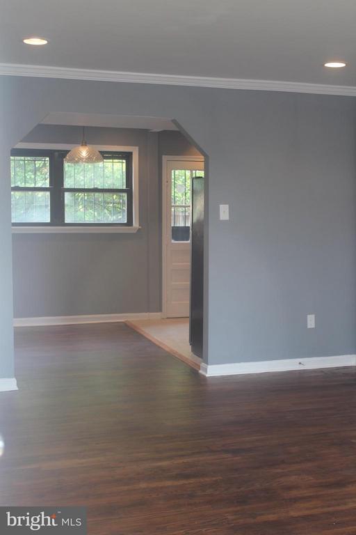Living Room - 4924 JAY ST NE, WASHINGTON