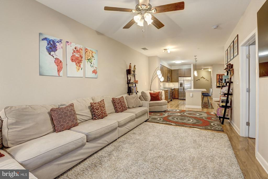 Open Living Area - 8005 13TH ST #302, SILVER SPRING