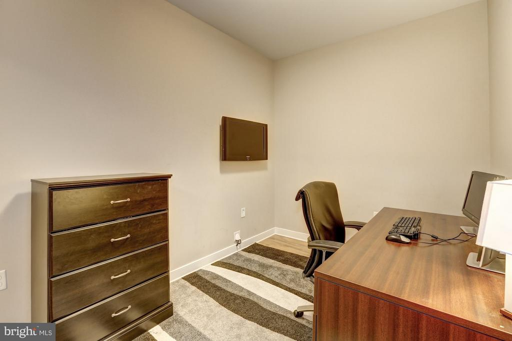 Den/Guest Room/Office - 8005 13TH ST #302, SILVER SPRING