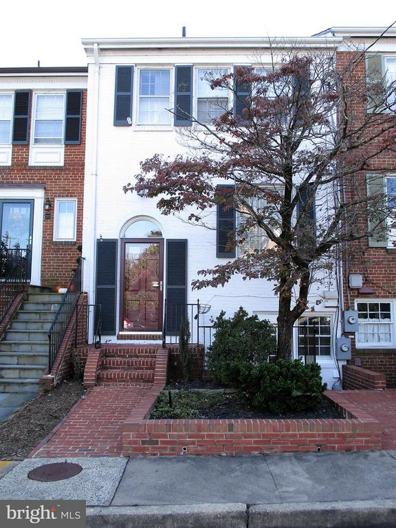 204  GREEN STREET 22314 - One of Alexandria Homes for Sale
