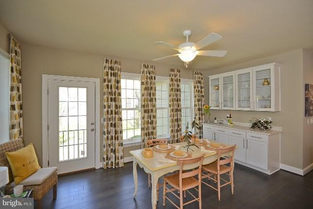 Morning Room - Photo Similar to Home Being Built - 20556 KEIRA CT, STERLING