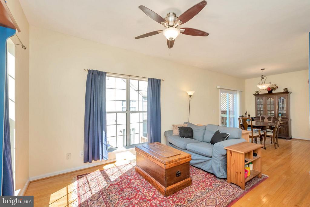 Living Room - 4994 MARSHLAKE LN, DUMFRIES