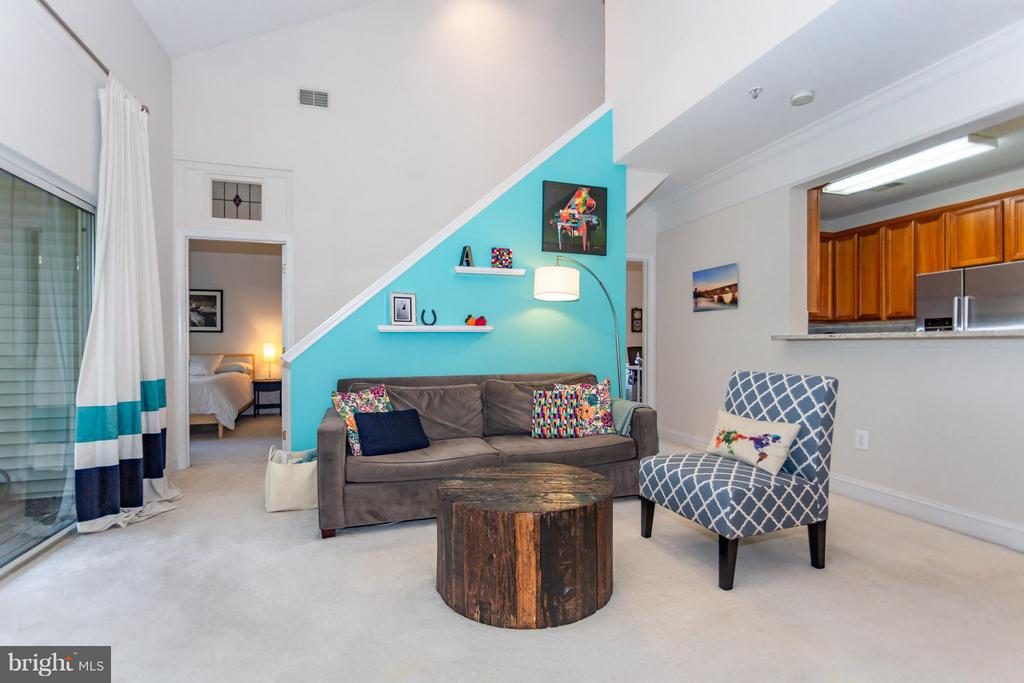 Perfect space to entertain - 11314 WESTBROOK MILL LN #303, FAIRFAX