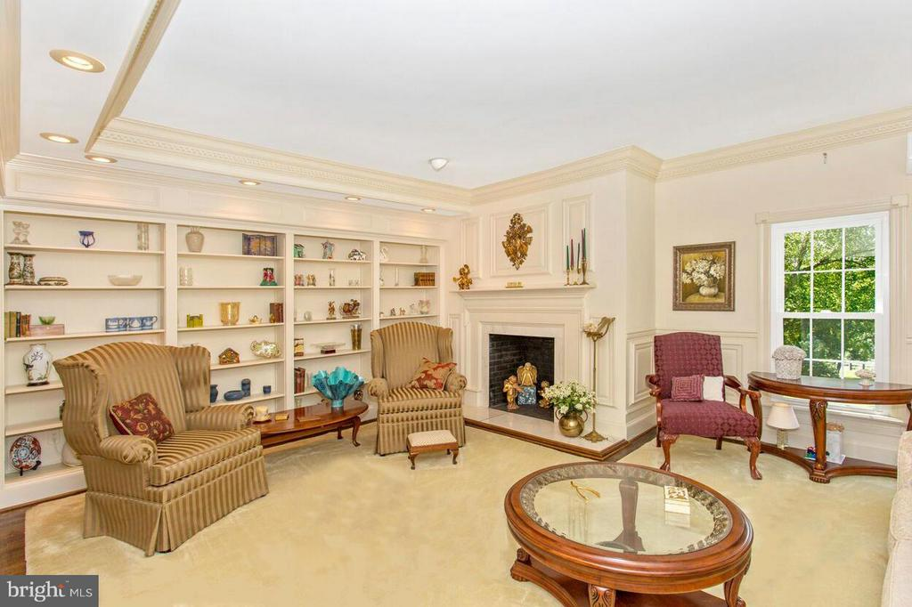 Living Room - 2311 GILLIS RD, MOUNT AIRY