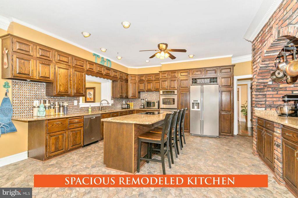 Kitchen - 2311 GILLIS RD, MOUNT AIRY