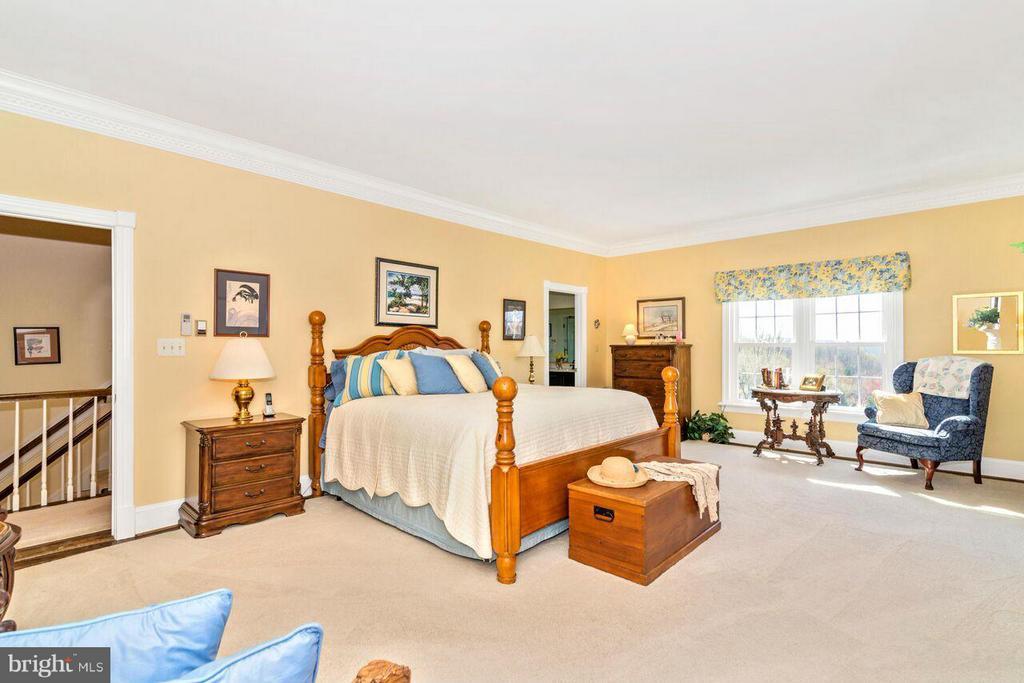 Bedroom (Master) - 2311 GILLIS RD, MOUNT AIRY