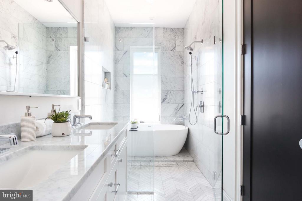 Carrara Marble Baths w/Waterworks Finishes - 727 EUCLID ST NW #B, WASHINGTON