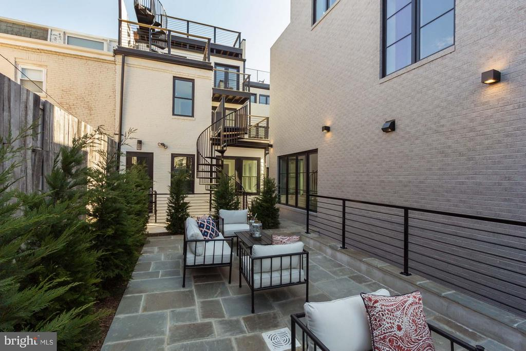 Private Patio for Unit B's Exclusive Use - 727 EUCLID ST NW #B, WASHINGTON