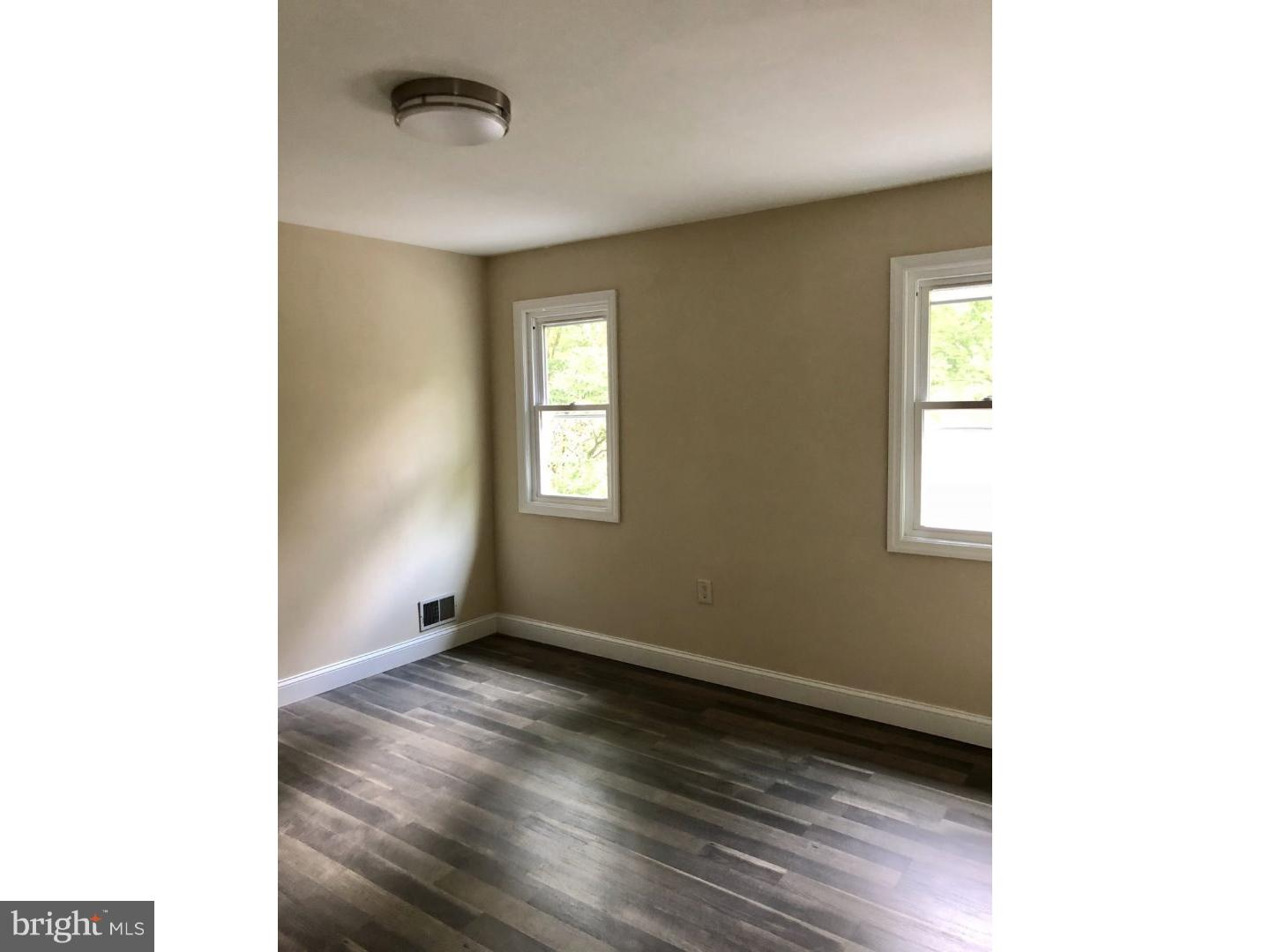 Additional photo for property listing at 40 WOODLANE Road  Lawrenceville, New Jersey 08648 United States
