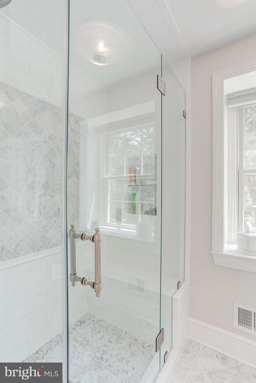 Bath (Master) - 23443 MELMORE PL, MIDDLEBURG