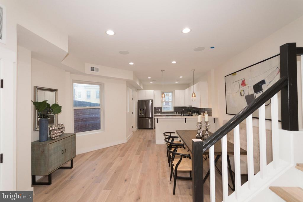 Open floor plan - 642 COLUMBIA RD NW, WASHINGTON