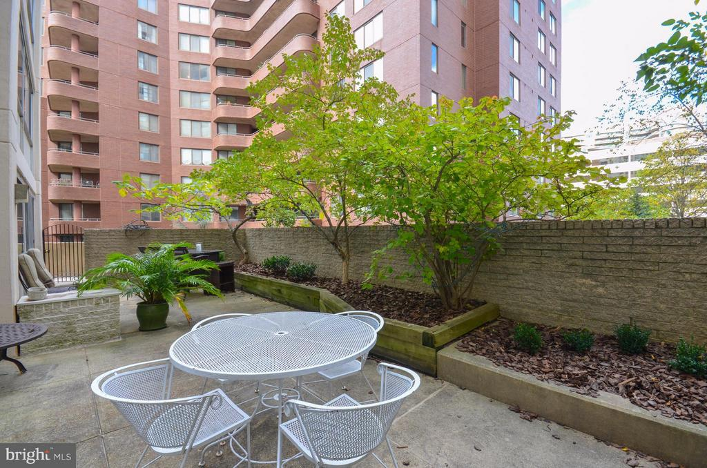 Private Balcony. Yes, this is just for this condo! - 5500 FRIENDSHIP BLVD #817N, CHEVY CHASE