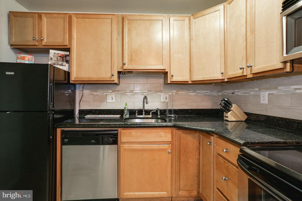 Kitchen - 1138 FLORIDA AVE NE #1, WASHINGTON
